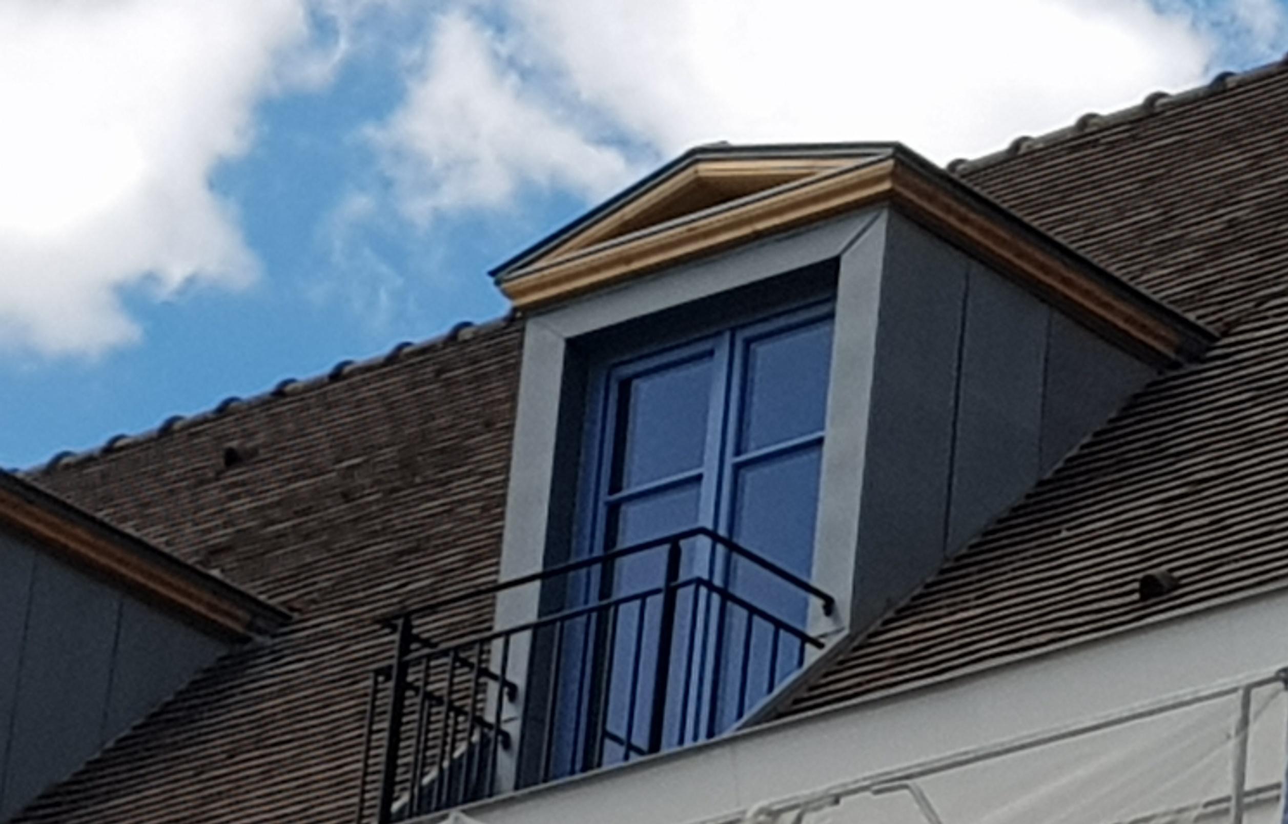 fenetre de toit lucarne l 39 art du toit. Black Bedroom Furniture Sets. Home Design Ideas